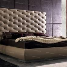 """Кровать с мягким изголовьем AL-0028 """"August Romeo"""""""