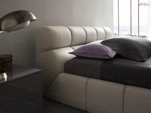 """Кровать с мягким изголовьем AL-0057 """"August Belmondo"""""""