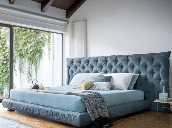 """Кровать с мягким изголовьем AL-0081 """"Chesterio"""""""