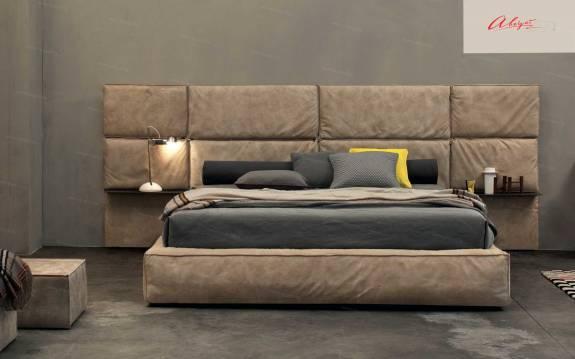 """Кровать с мягким изголовьем AL-0048 """"August Mountblade"""""""