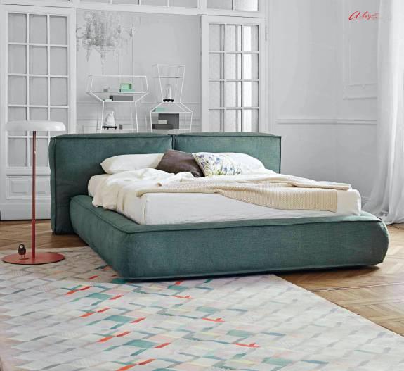 """Кровать с мягким изголовьем AL-0003 """"August Sacchetto Big"""""""